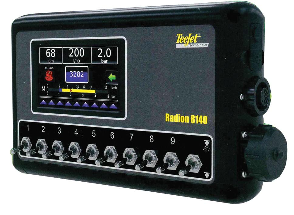 Sterowanie układem cieczowym realizuje komputer polowy TeeJet Radion